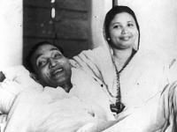Father Abbasuddin and mother Begum Lutfunnesa