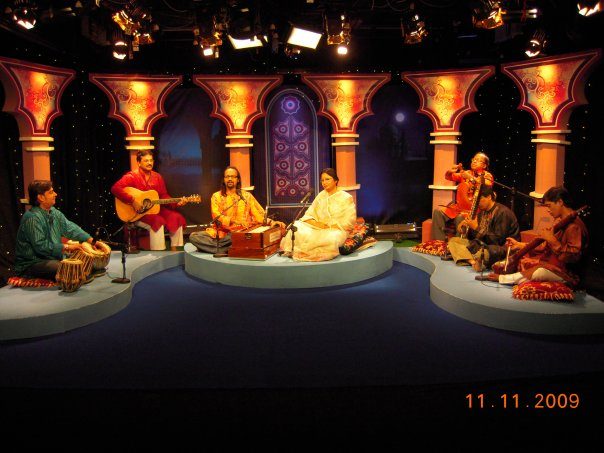 Ferdausi Rahman conducting a musical program on NTV.