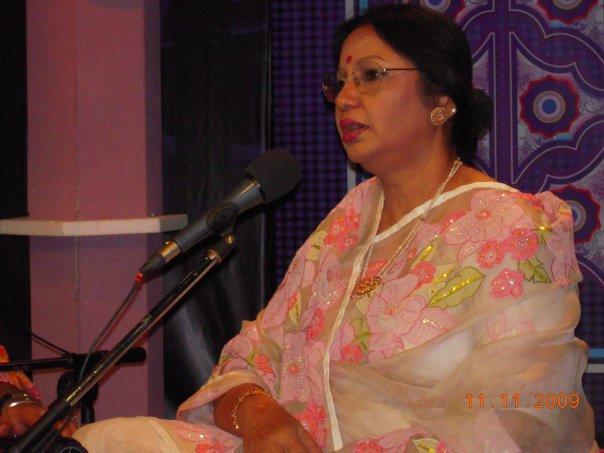 Ferdausi Rahman conducting the Eid Program on NTV.