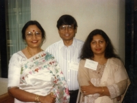 At the bangla Shonskrety Shommelon are Utpolendu Chowdhury and his wife in Houston.